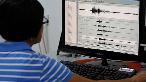 Ινδονησία: Ισχυρότατος σεισμός 7,5 Ρίχτερ
