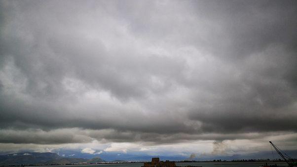 Έρχονται καταιγίδες και χαλάζι στη βόρεια Ελλάδα