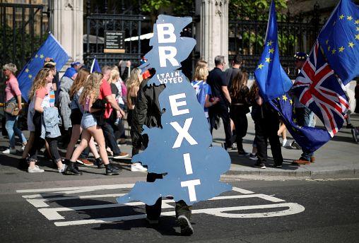 "Enfermos del Brexit, en ""The Brief from Brussels"""
