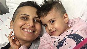 Öykü Arin'den güzel haber: Babasının ilik nakli tutan küçük kız hastaneden dışarı ilk adımını attı