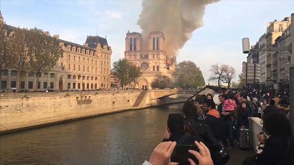 Notre Dame: Wiederaufbau wie im Mittelalter?