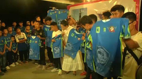 Do resgate em caverna tailandesa a uma nova equipa de futebol