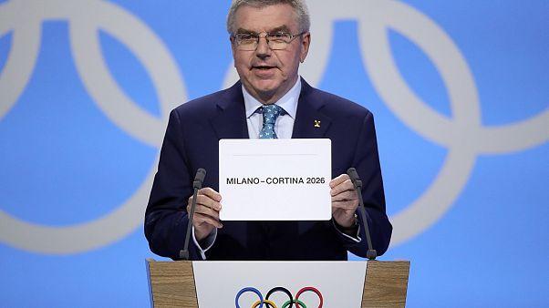 IOC-Präsident Thomas Bach verkündet den Austragungsort der Olympischen Winterspiele 2026