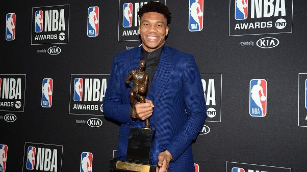 Вручены награды НБА
