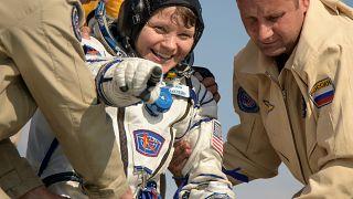 McClain et Saint-Jacques reviennent conquis de leur première dans l'espace