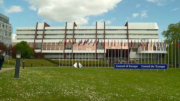 Ucrânia suspende participação no Conselho da Europa