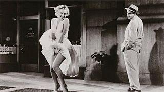 Trump'ın Hollywood Bulvarı'ndaki yıldızını kıran kişi Marilyn Monroe'nun heykelini çalmakla suçlandı