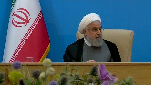 "Rouhani risponde a Trump: ""Alla Casa Bianca malati mentali"""
