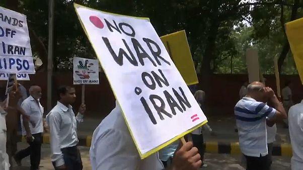شاهد: مظاهرات ضد زيارة بومبيو إلى الهند.. وواشنطن تسعى لبناء تحالف ضد إيران