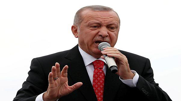 الرئيس التركي رجب طيب أردوغان يتحدث في اسطنبول يوم 19 يونيو حزيران 2019. تصوير: مراد سيزار - رويترز