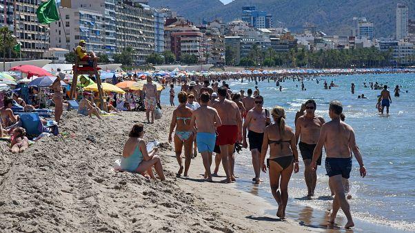 Benidorm, 2017. július 2. A Poniente Beach látványa hétvégén.