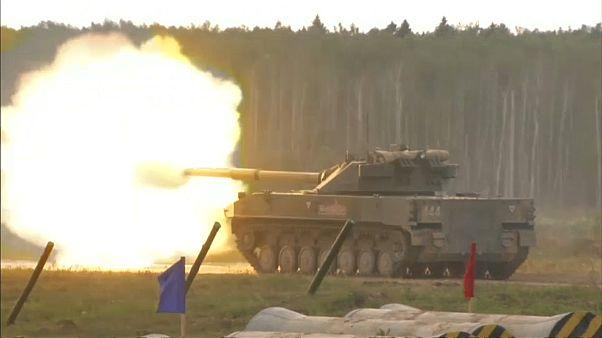 شاهد: روسيا تستعرض بأس جيشها في معرض للصناعات العسكرية