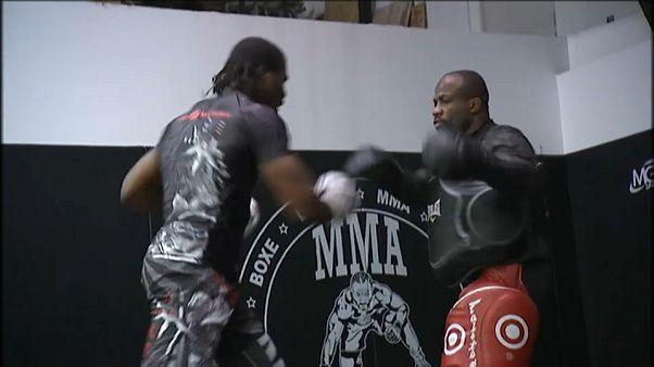 Le MMA bientôt légal en France?