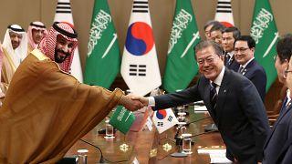 شاهد: بحضور ولي العهد السعودي.. الرياض وسيول  توقعان صفقات بقيمة 8.3 مليار دولار