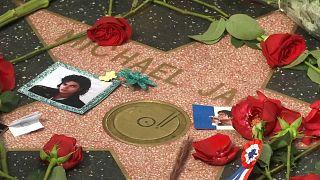 Michael Jacksonra emlékeztek