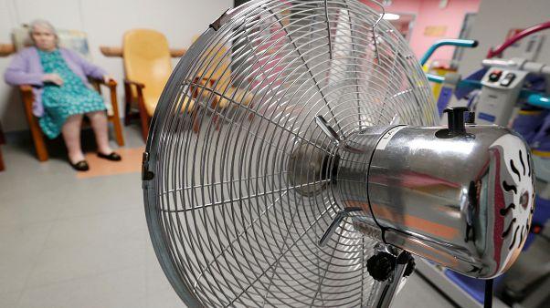 «Στο κόκκινο» οι πωλήσεις κλιματιστικών και ανεμιστήρων