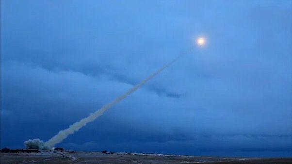 NATO prepara-se para uma crise de mísseis com a Rússia