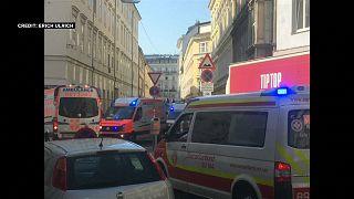 انفجار غاز يتسبب بانهيار مبنى وأربع إصابات بالغة وسط العاصمة النمساوية