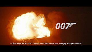 25°James Bond chega em 2020