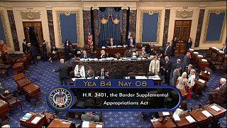 Usa: il Senato approva 4,6 miliardi per l'emergenza al confine con il Messico