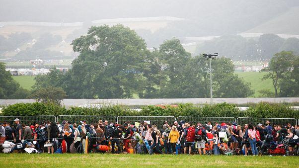 Гластонбери: фестиваль под дождливым небом