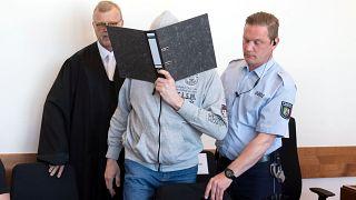 Prozess um Kindesmissbrauch in Lügde: Beide Hauptangeklagte legen Geständnisse ab