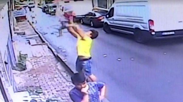 نجات معجزهآسای  یک کودک در ترکیه