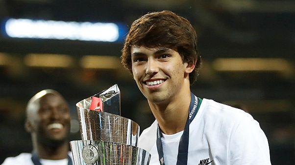Benfica analisa proposta de 126 milhões por Félix