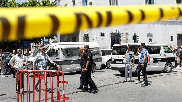 Το ΙΚΙΛ ανέλαβε την ευθύνη για τις επιθέσεις αυτοκτονίας στην Τύνιδα
