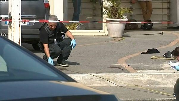 Dois feridos em tiroteio no exterior de uma mesquita