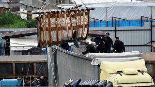 Из «китовой тюрьмы» — в Охотское море