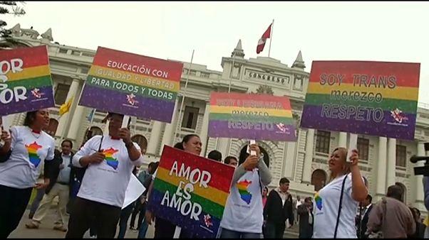 El LGTBI peruano llega a las puertas del Congreso