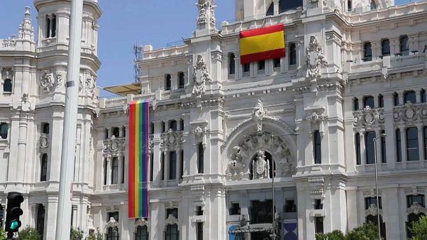 La bandera arcoiris arrinconada en Madrid