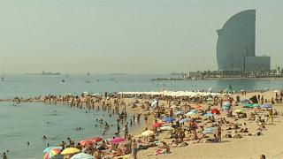 فيديو: موجة الحر تمتد جنوب أوروبا وتلفح مدن إسبانيا البحرية مع درجات حرارة قياسية
