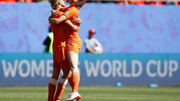 Mundial de futebol feminino: Holanda e Suécia nas meias-finais