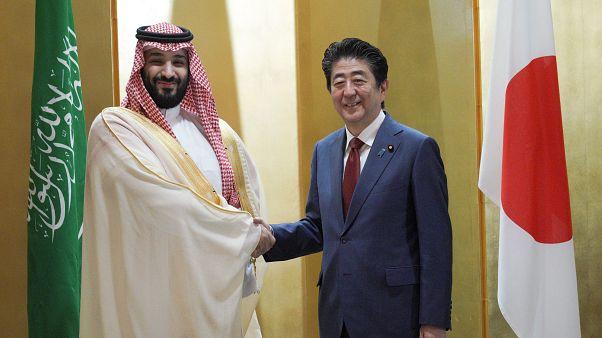 شینزو آبه برای کاهش وابستگی عربستان به نفت به بنسلمان قول همیاری داد