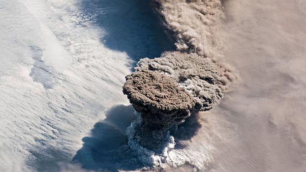 Papua Yeni Gine'de volkan patlaması: 15 bin kişi evlerini terk etti