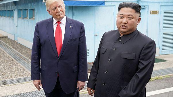 """Шаг Трампа через корейскую границу - """"шаг в лучшее будущее"""""""