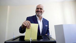 L'Albania ha votato, tra timori di scontri e boicottaggi