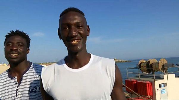 Compás de espera en Lampedusa para los migrantes y la capitana del Sea Watch