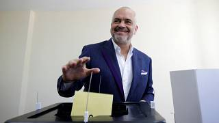 En pleine crise politique, seuls 20% des Albanais ont voté ce dimanche