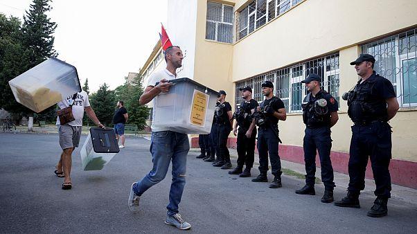 Véget ért a választás Albániában