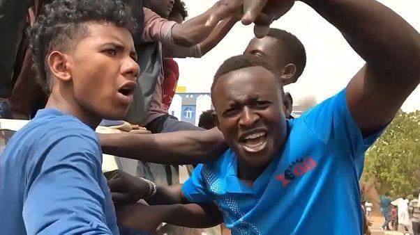 Военные подавили силой новые акции протесты в Хартуме