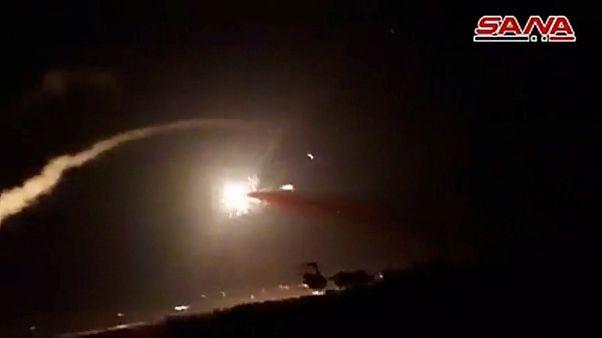 هل نجحت منظومة إس-300 الروسية في كبح جماح الغارات الإسرائيلية في سوريا؟