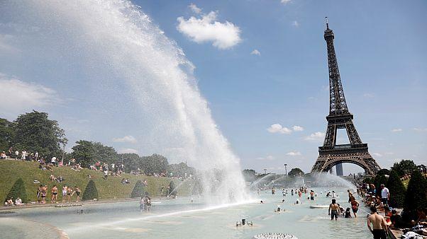 باريس تعلن تطورات جديدة بشان الموجة الحارة