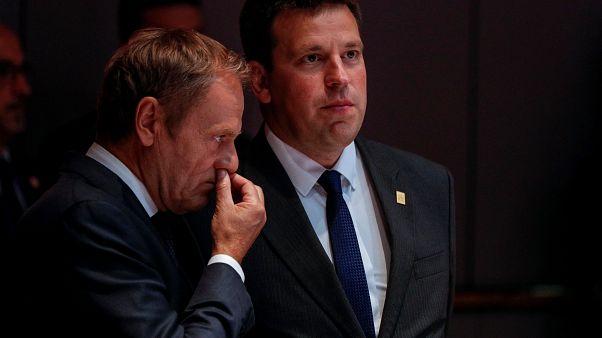 Másodszorra is felfüggesztették az uniós csúcsot