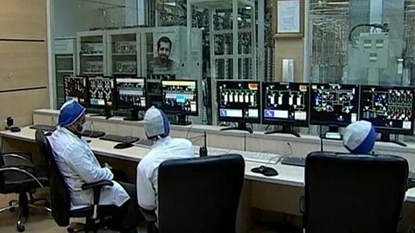 Irão supera limite de urânio enriquecido permitido