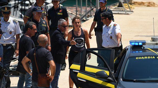 İtalyan yargısından göçmenleri kurtaran Alman kaptan Rackete'nin serbest bırakılması kararı