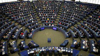 Megalakult az Európai Parlament, holnap választják meg az elnököt