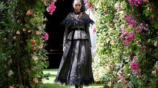 """Settimana della moda di Parigi: è arte o """"solo"""" moda?"""